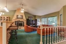 88217 Tiki Ln main living room-14